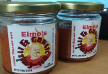 Elmos Chili and Garlic Oil